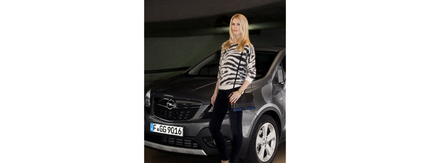 Opel_Claudia_Schiffer_285130