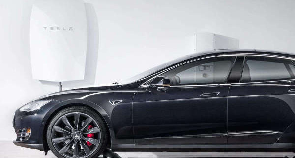 models-powerwall-car