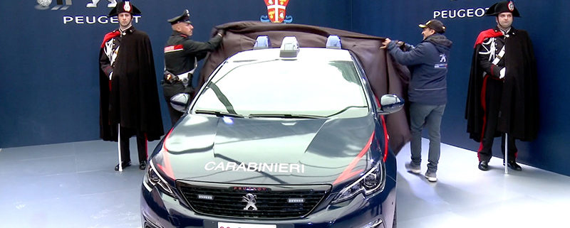 Carabinieri-Peugeot308-GTi.